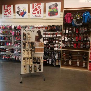 5a66a4b3599b Famous Footwear Outlet - 27 Photos - Shoe Stores - 4840 Tanger ...