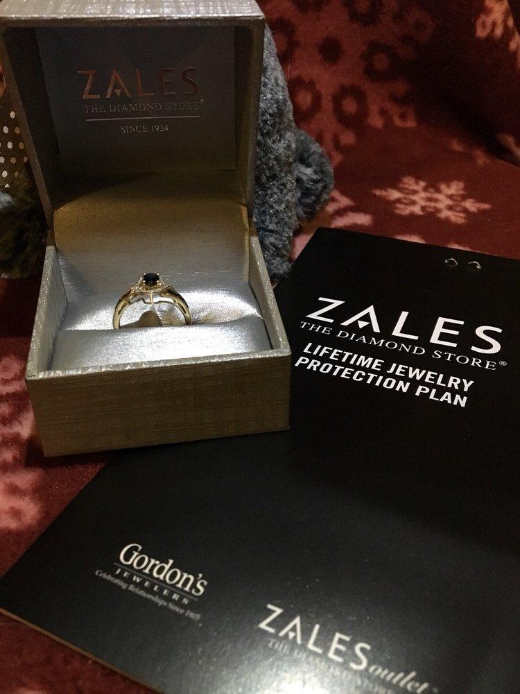 Zales Jewelers: 1262 Vocke Rd, Cumberland, MD