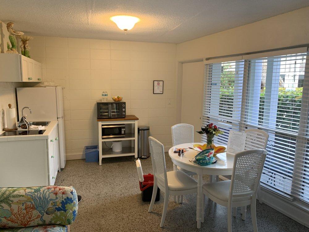 South Beach Place: 1705 Ocean Dr, Vero Beach, FL