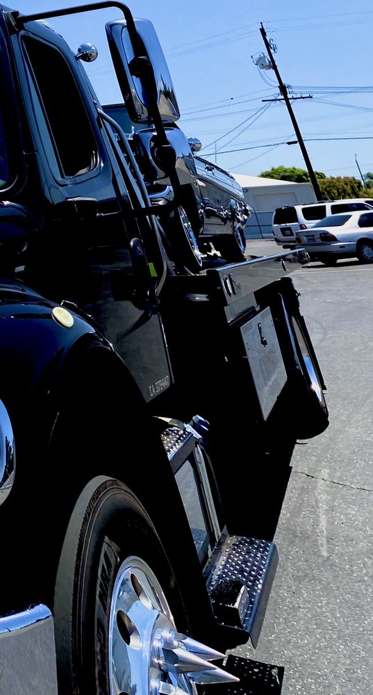 Towing business in Eastvale, CA