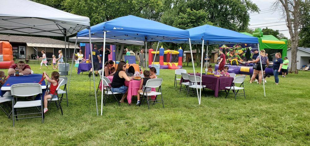 2 Froggy Jumps Bounce house and party rentals: 860 Biester Dr, Belvidere, IL
