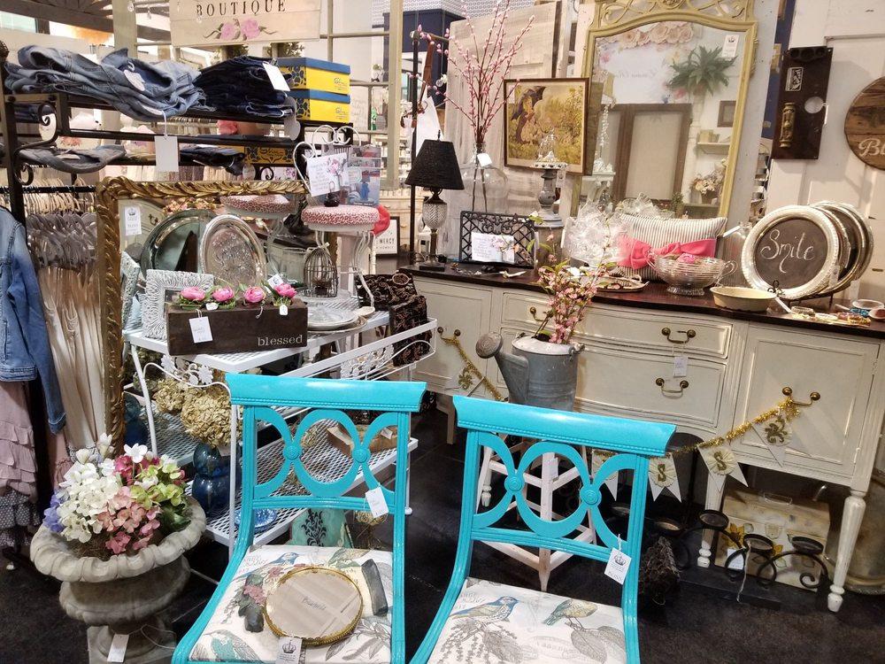 Paris Market Vintage