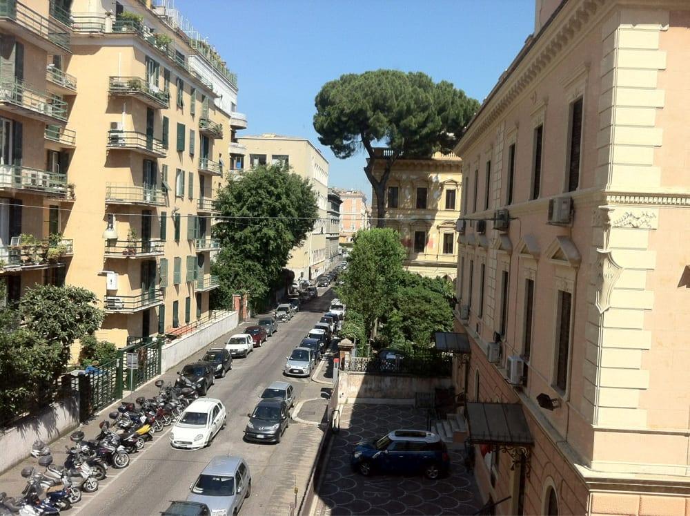 Venetia palace hotel hotel via marghera 47a termini for Hotel numero