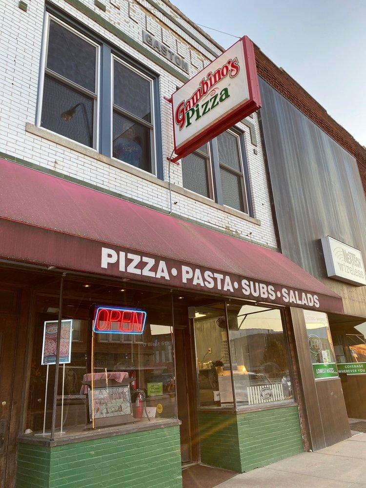 Gambino's Pizza: 130 W 6th St, Concordia, KS