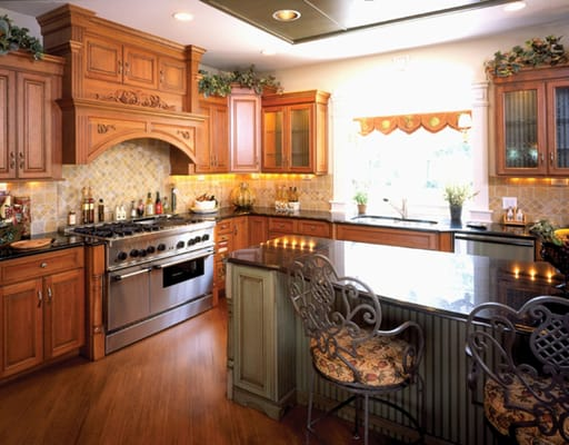 photo of colonial kitchen bath cabinetry sandwich il united states. Interior Design Ideas. Home Design Ideas