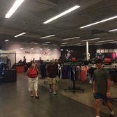 ef0661ff6607 Nike Clearance Store - 15 Photos   31 Reviews - Sports Wear - 5209 ...