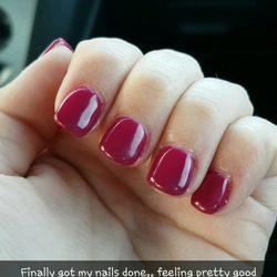 Hugo Nails