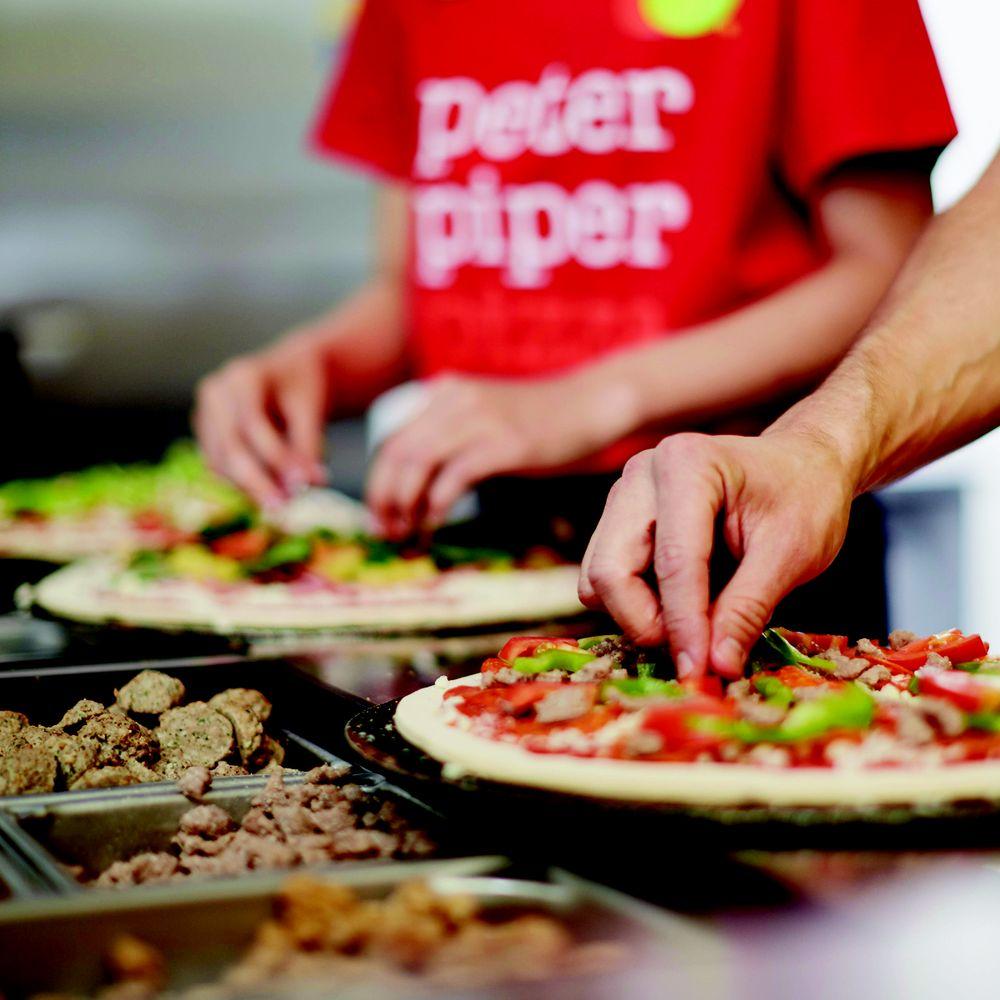 Peter Piper Pizza: 3101 E Expressway 83, Weslaco, TX