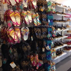 e1f3de37a Crocs Footwear - Shoe Stores - 3111 W Chandler Blvd