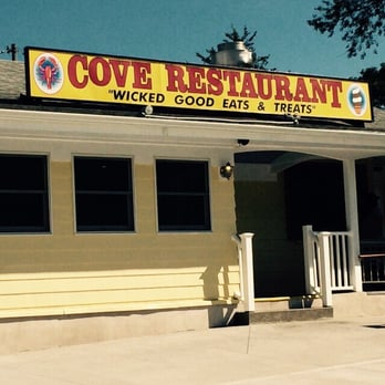 Photo Of Cove Restaurant Mystic Ct United States Order At The Window