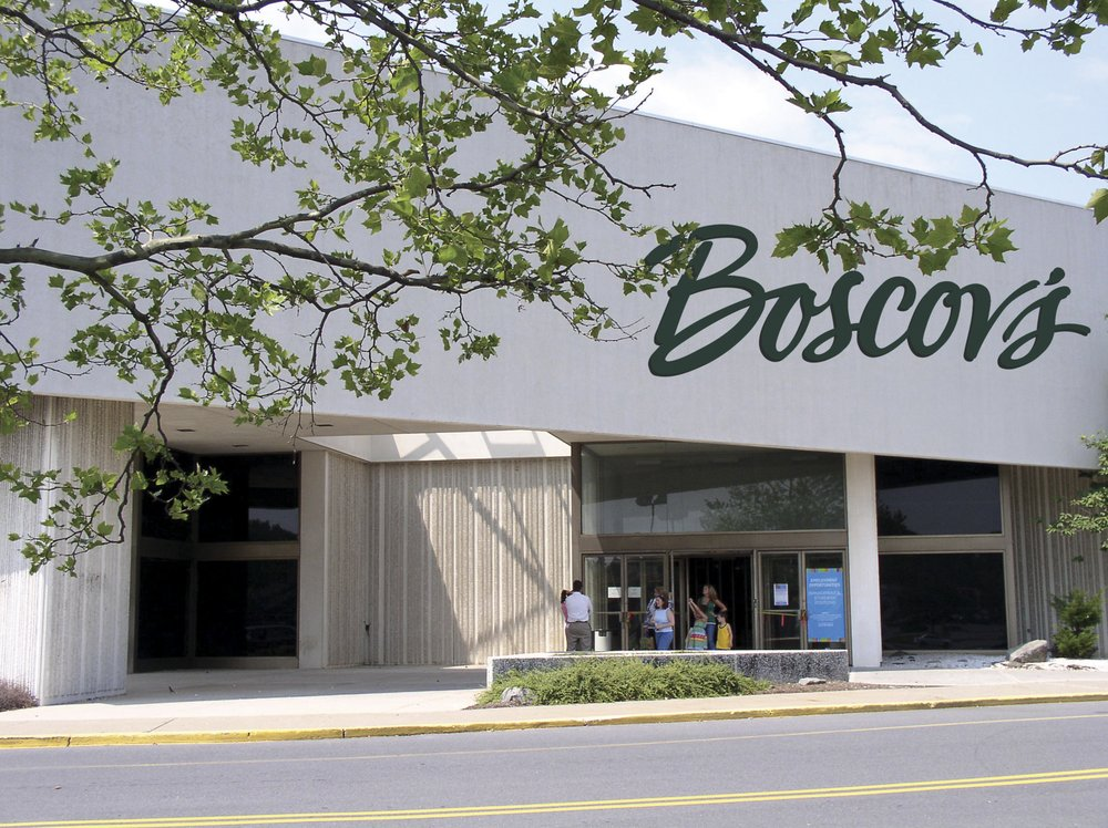 Boscov's: 400 Lehigh Valley Mall, Whitehall, PA