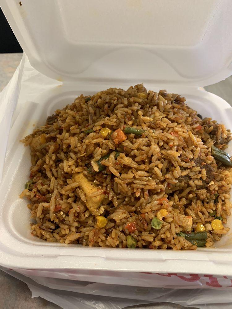 MaMa Ti's African Kitchen: 7632 Brooklyn Blvd, Brooklyn Park, MN