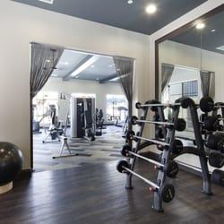 Seta Apartment Homes 18 22 7346 Parkway Dr