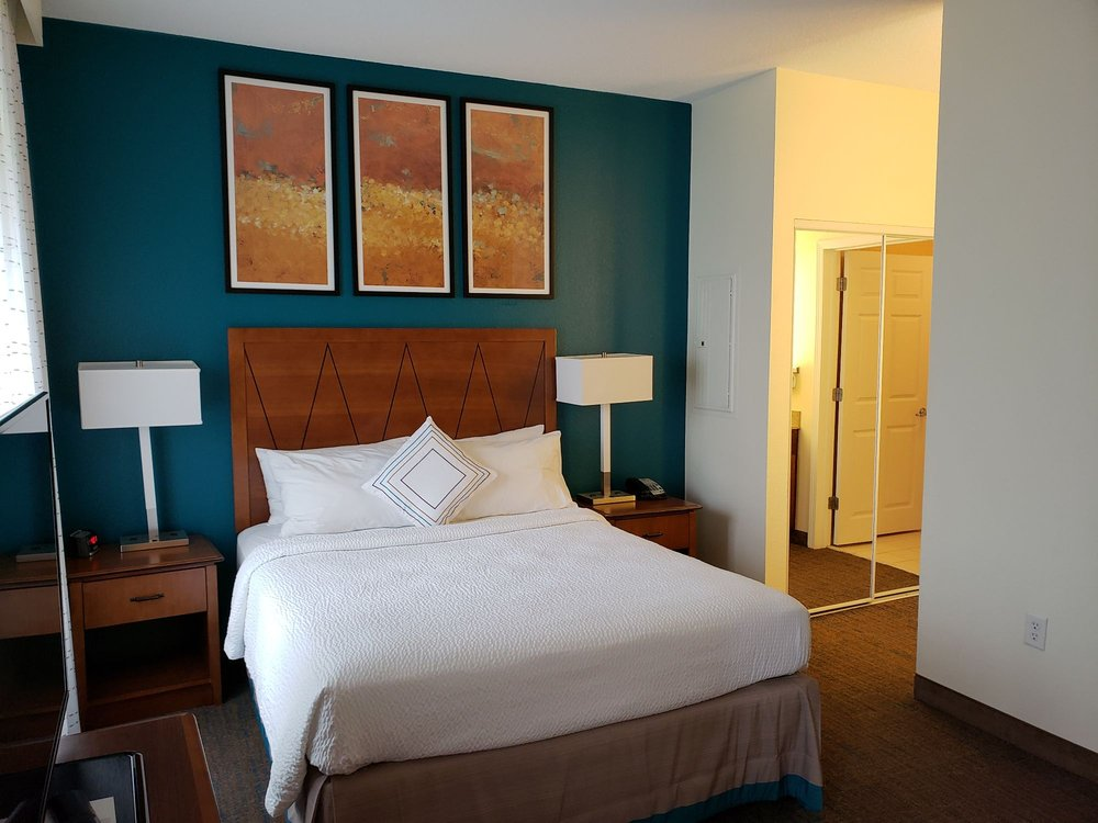 Residence Inn by Marriott Chantilly Dulles South: 14440 Chantilly Crossing Lane, Chantilly, VA