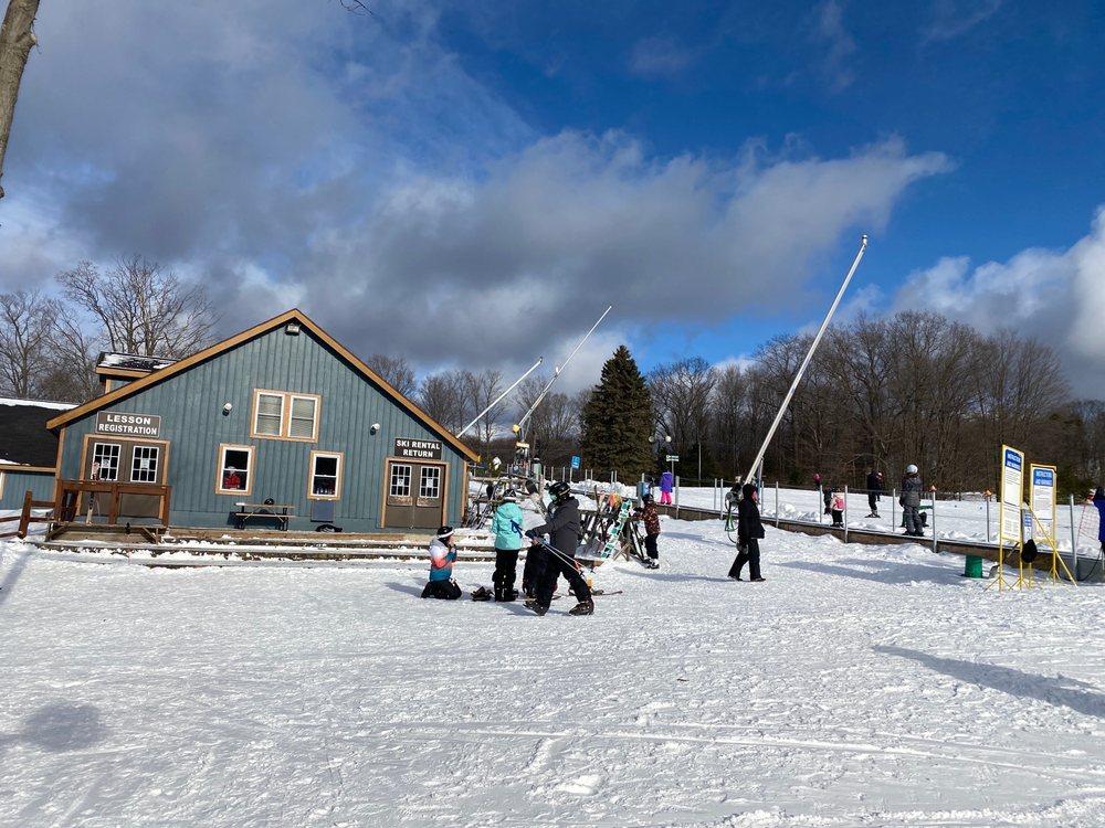 Caberfae Peaks Ski & Golf Resort: 1 Caberfae Ln, Cadillac, MI