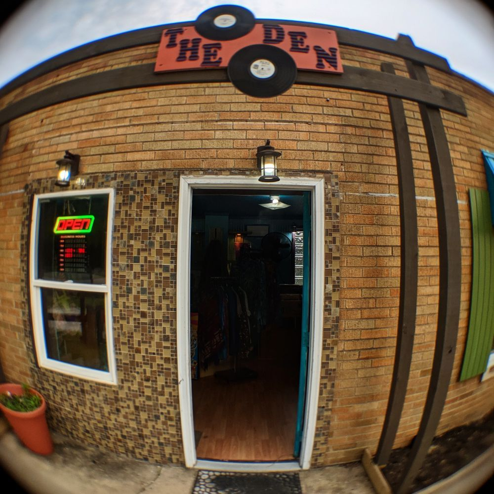 The Den Records & Clothing: 1240 West Beam St, Porter, IN