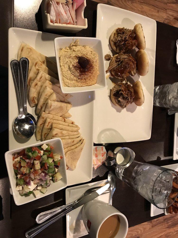 Picnikins Patio Cafe