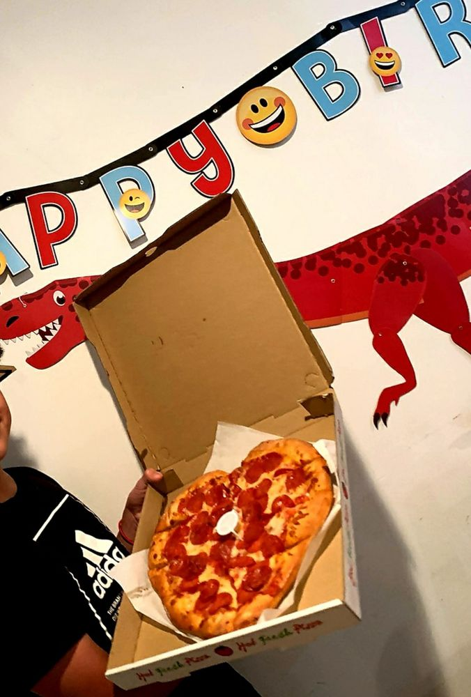 Pizza Cart: 9578 Lower Azusa Rd, Temple City, CA