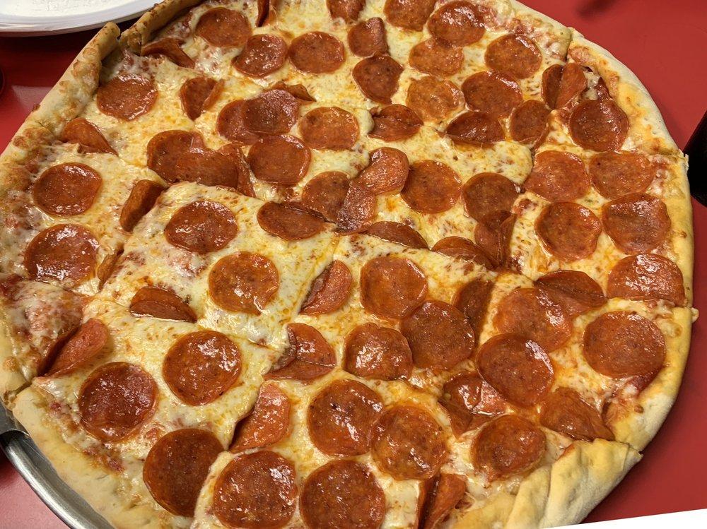Jordo's Pizzeria: 322 S Main St, Anna, IL