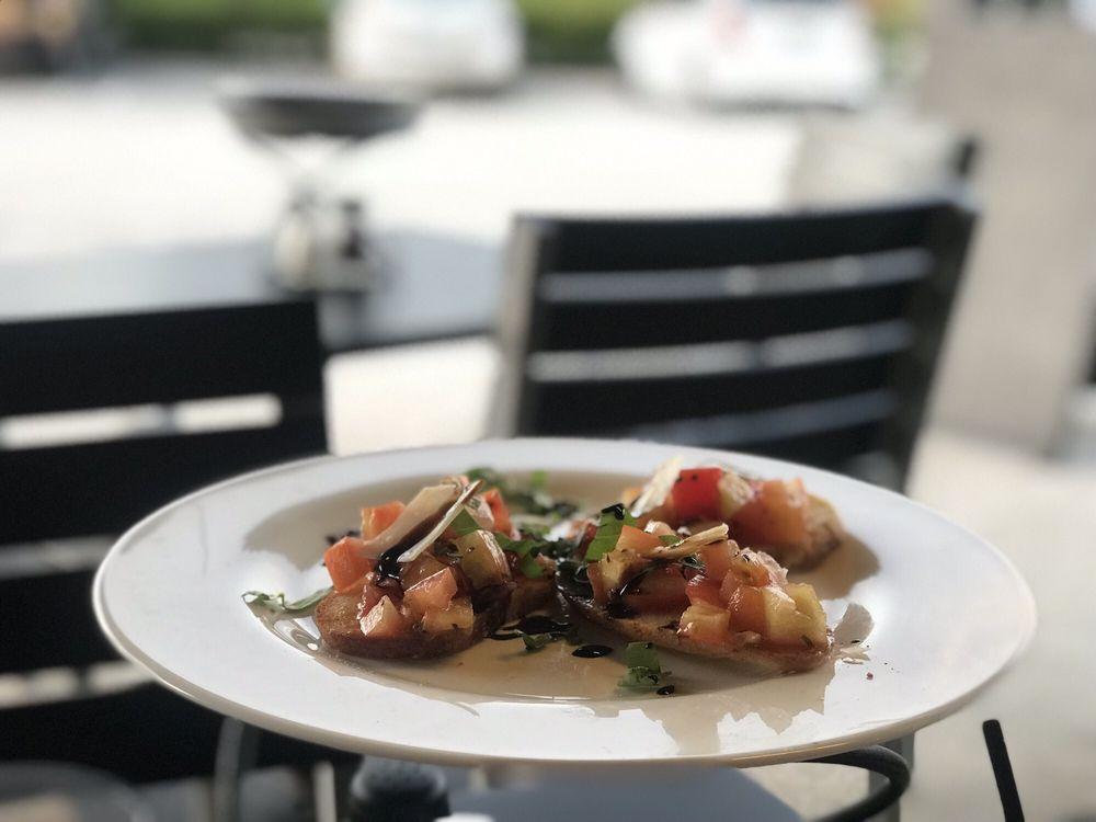 Sicilian Oven: 10140 W Sample Rd, Coral Springs, FL