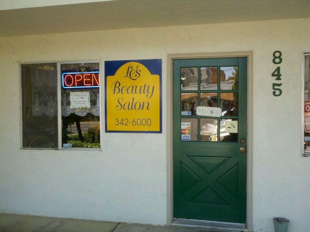 Le's Beauty Salon: 845 First St, Benicia, CA