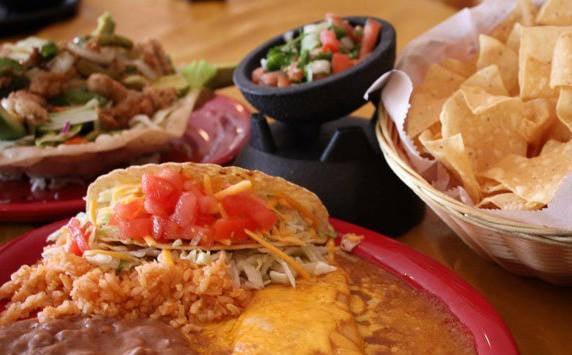Primas Mexican Kitchen: 5557 N 21st street, Ozark, MO