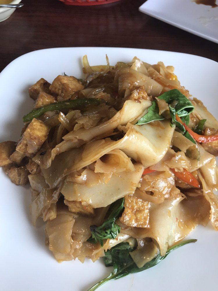 Thai Cuisine: 116 Jack White Dr, Kingsport, TN