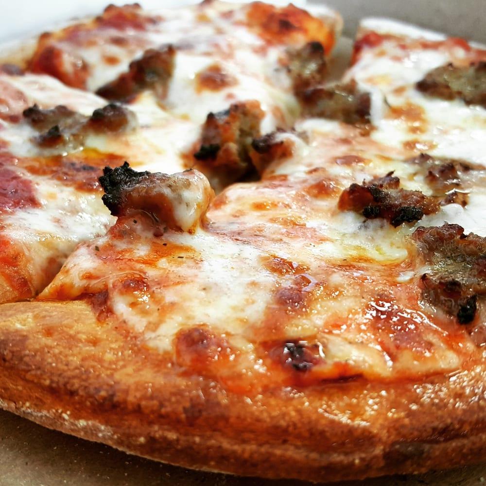 Daddyo s pizza 1 28 photos 55 reviews pizza 5009 for Pizza antoine salon