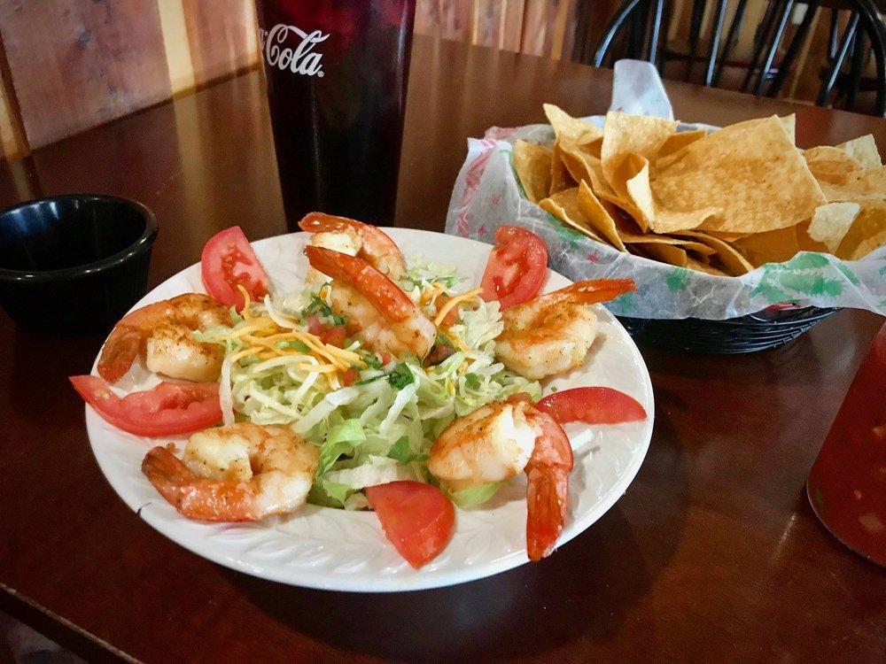 Letty's Mexican Restaurant: 413 E Main St, Gassville, AR