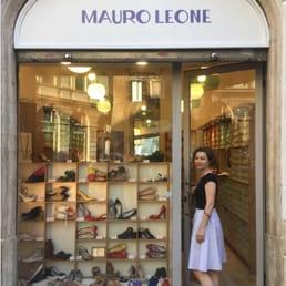 Mauro leone negozi di scarpe via del biscione 8 for Negozi di arredamento torino