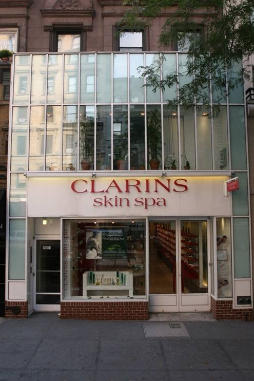 Clarins skin spa closed 10 reviews spa 1061 for Clarins salon