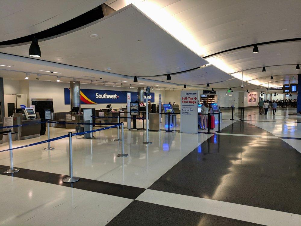 Birmingham-Shuttlesworth International Airport - BHM