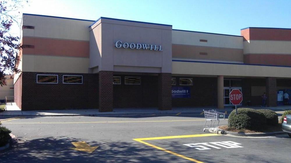 goodwill 18 reviews thrift stores 10118 johnston rd charlotte nc phone number yelp. Black Bedroom Furniture Sets. Home Design Ideas