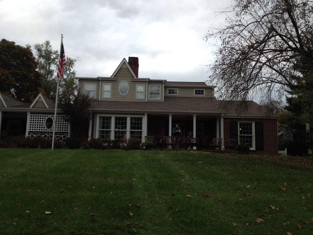 The Emory House: 30461 Oxford Ave, Emory, VA