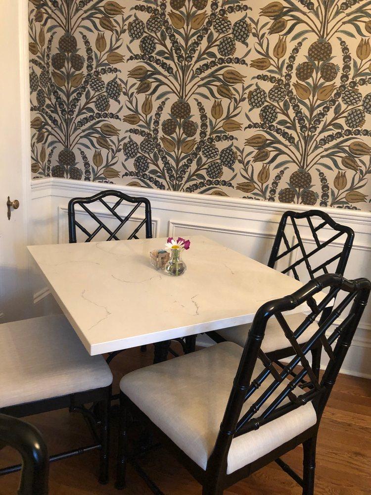 The Aerie: 509 Pollock St, New Bern, NC