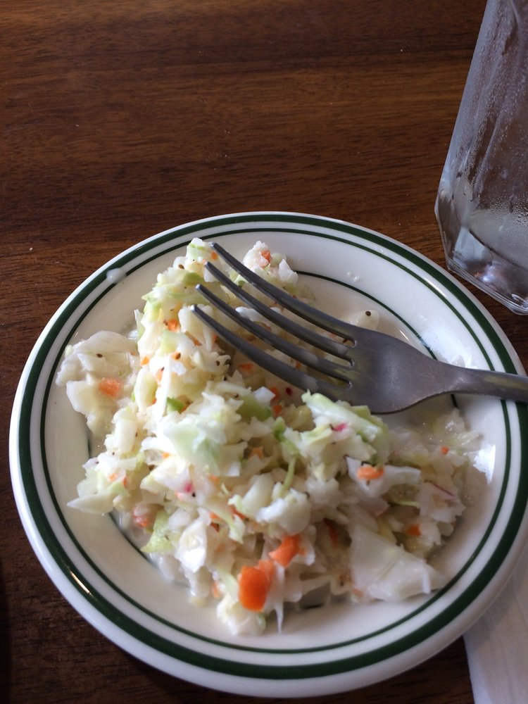 McCloud Mountain Restaurant: 1220 McClouds Trl, Duff, TN