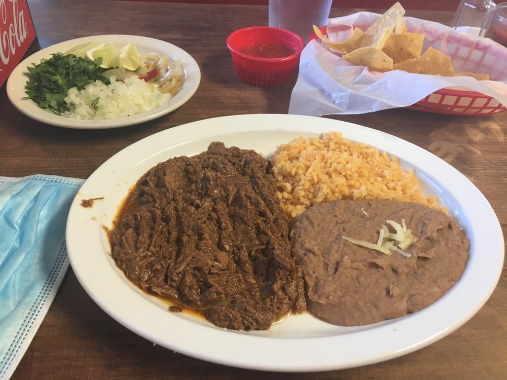 Millo's Mexican Restaurant: 6950 Forest Hill Dr, Forest Hill, TX