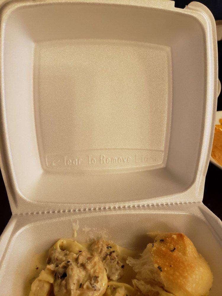 Napolis Italian Restaurant: 901 S Muskogee Ave, Tahlequah, OK