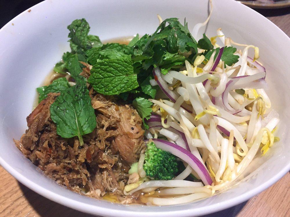 Moku Kitchen saimin with kalua pork - yelp
