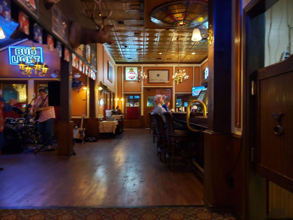 Y.O. Ranch Hotel: 2033 Sidney Baker St, Kerrville, TX