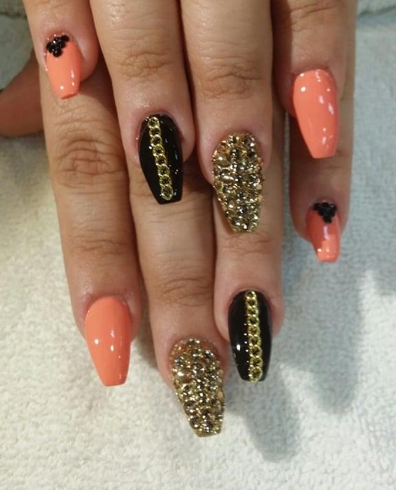 Gorgeous Stiletto Rhinestone Diamond Amp Chain Nails By Mindy Yelp