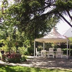 Le jardin secret guest houses 34 avenue georges clemenceau noisy le grand seine saint - Table jardin hexagonale saint denis ...