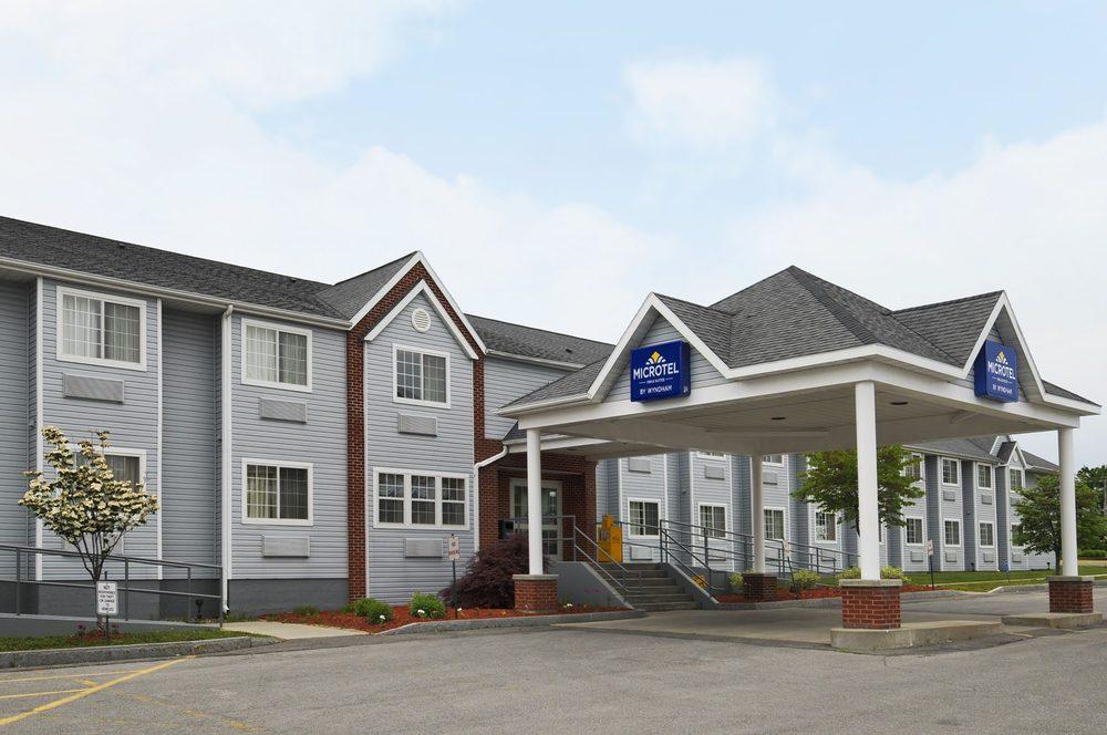 Microtel Inn & Suites by Wyndham Baldwinsville/Syracuse: 131 Downer Street, Baldwinsville, NY