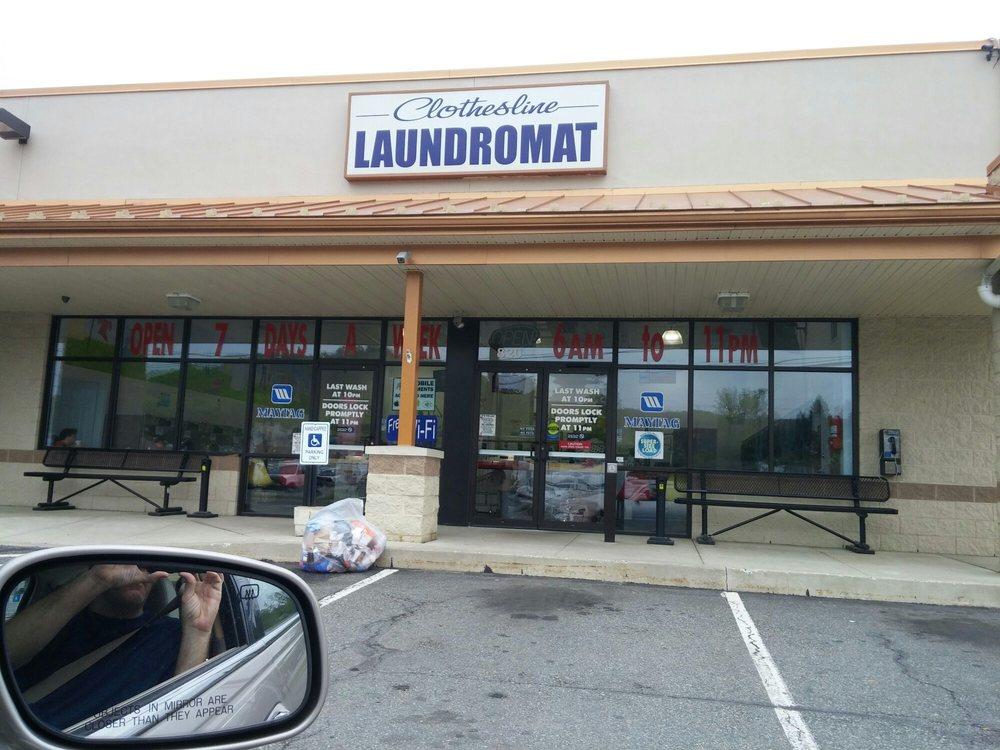 Clothesline Laundromat: 820 Rt 100 N, Bechtelsville, PA