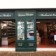 Hostellerie de Plaisance - Saint Emilion, Gironde, France. Shops in saint emillion