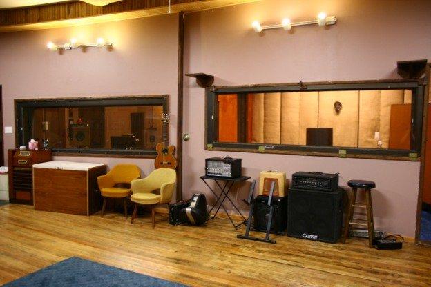 Max Stout Studio: 109 S Walnut St, Skidmore, MO