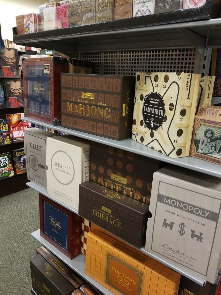 Barnes & Noble Booksellers: 12701 Hill Country Blvd, Bee Cave, TX