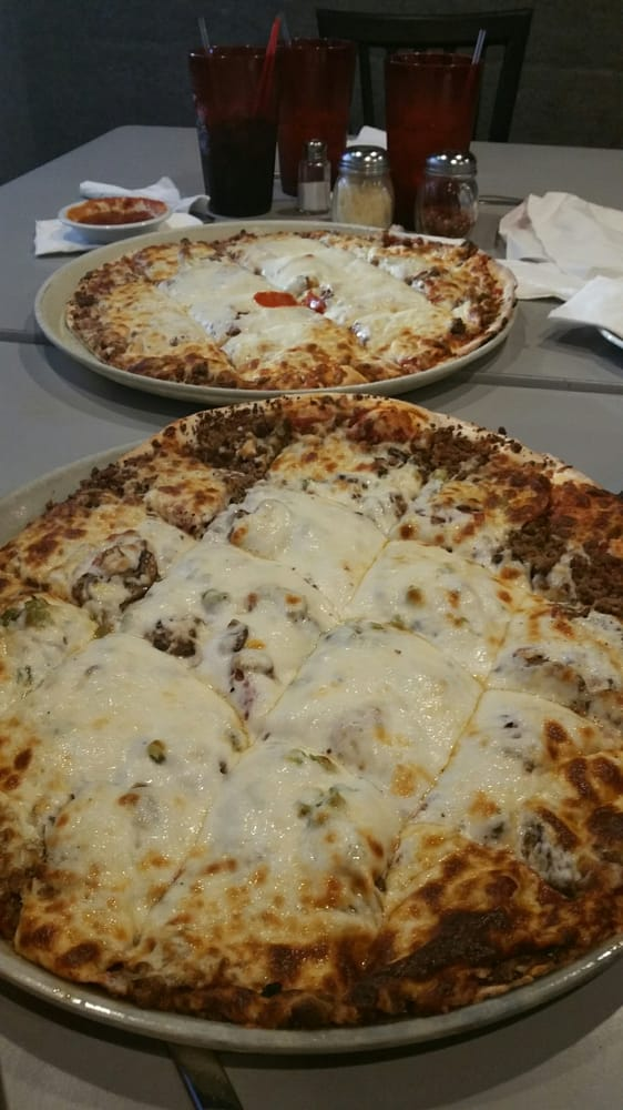 Big Fred's Pizza Garden & Lounge: 1101 S 119th St, Omaha, NE