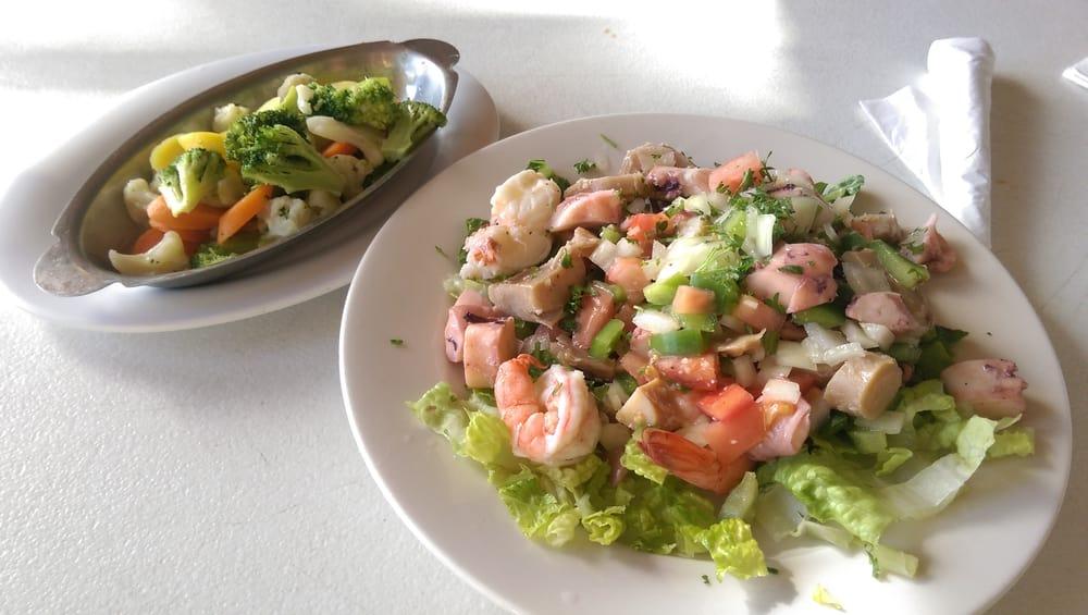 Restaurant Musafa: Carretera PR-3 S/N, Maunabo, PR