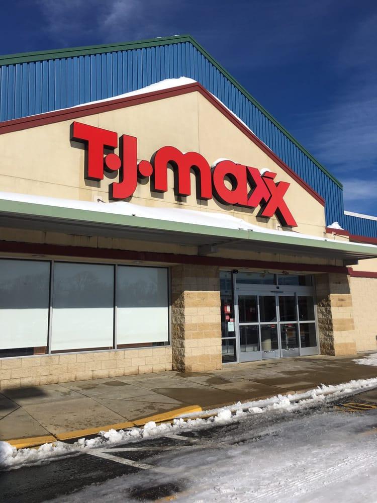 TJ Maxx: 350 Lincoln Plz, Langhorne, PA